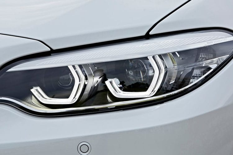 Detail view of BMW 220i 2 Door Coupe 2.0 Sport Auto