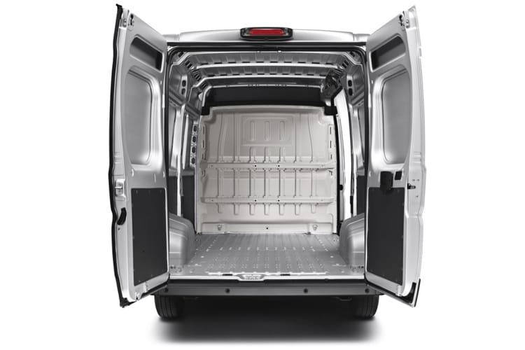 Detail view of Peugeot Boxer 330 L1H1 2.2 BlueHDi 120 S 3000