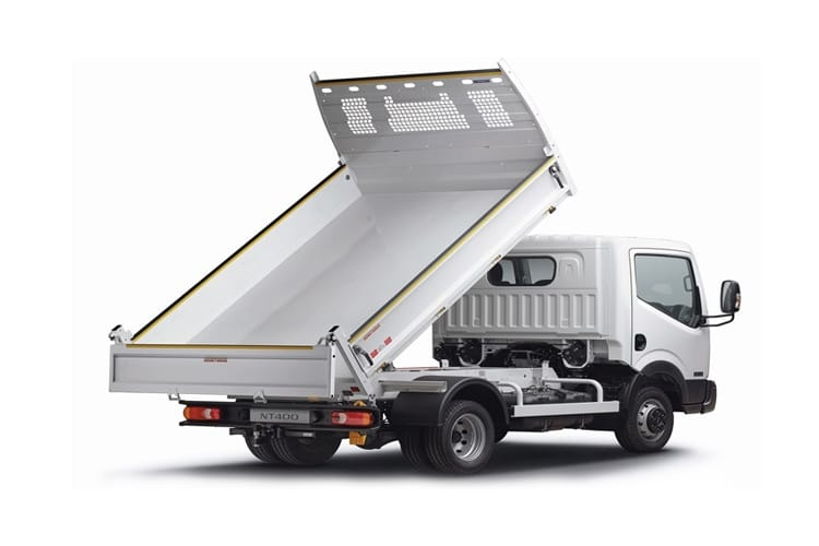 Back view of Nissan NT400 Cabstar MWB Tipper 35.13 3.0dCi