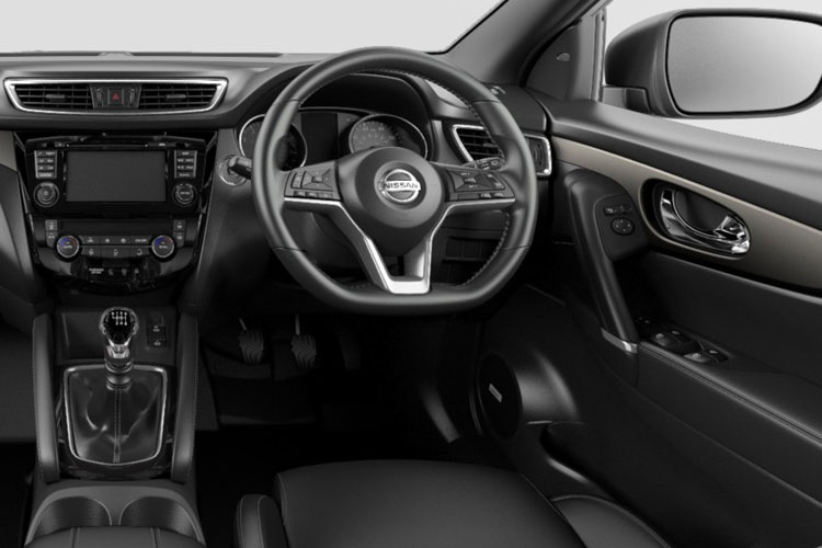 Inside view of Nissan Qashqai 1.3 Dig-T 140 Acenta Premium