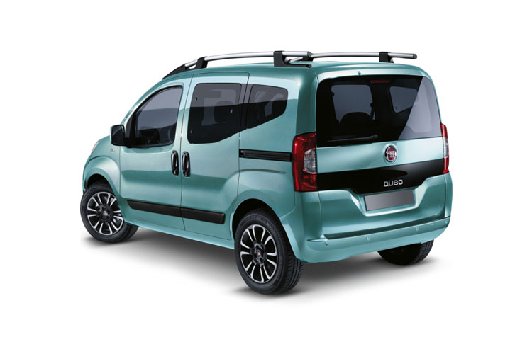 Back view of Fiat Qubo 1.3 95hp Multijet Trekking (MY2019)