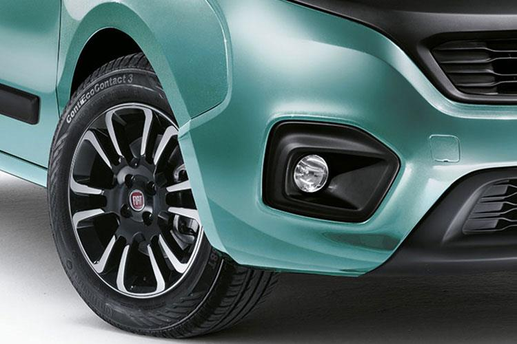 Detail view of Fiat Qubo 1.3 95hp Multijet Trekking (MY2019)
