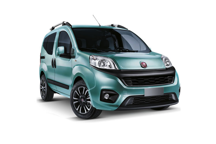 Front view of Fiat Qubo 1.3 95hp Multijet Trekking (MY2019)