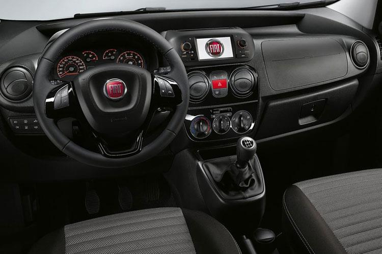 Inside view of Fiat Qubo 1.3 95hp Multijet Trekking (MY2019)