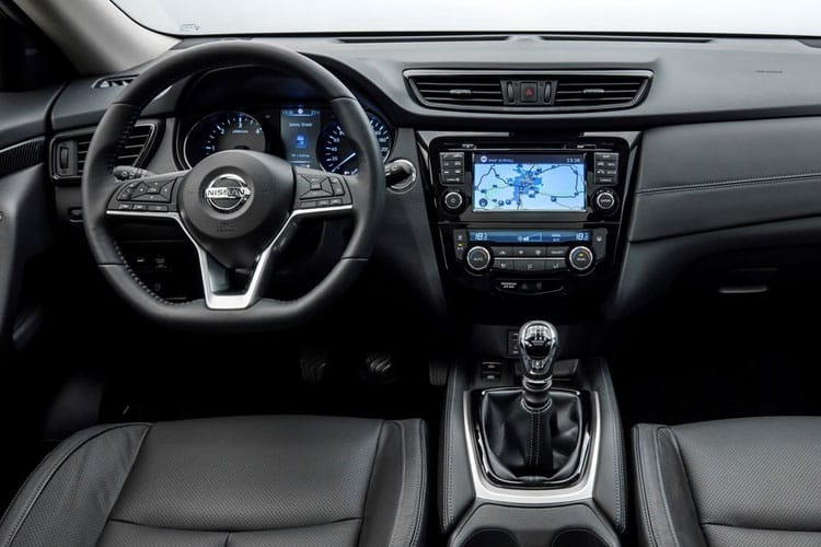 Inside view of Nissan X-Trail 1.3 Dig-T N-Design 7Seat DCT